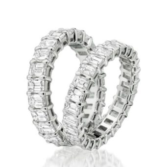 Diamond, platinum and gold wedding rings from Bijoux Jewels, offering a wedding ring experience in Northampton is tailored to your needs