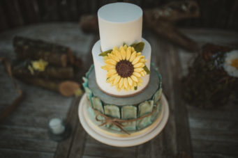 Wedding cake with a big sunflower