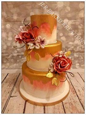 Gold autumnal wedding cake
