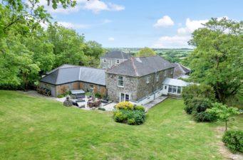 Tregoose Farmhouse, perfect small wedding venue in Cornwall
