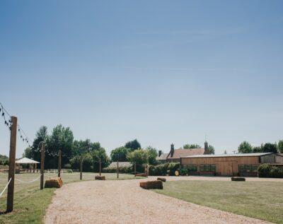 Long Furlong Farm, wedding barn in Northamptonshire
