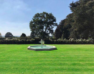 New Lodge Lawns is a stunning marquee wedding venue near Northampton, in Earls Barton