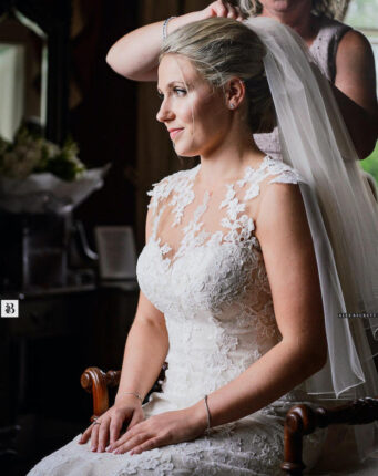 Kerry Galliano Hair is a bridal hairstylist in Cornwall, specialising in wedding hair updos for the bride
